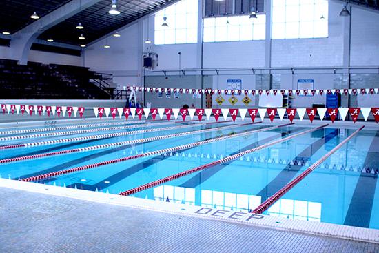 Aquatic Center-25YD Pool